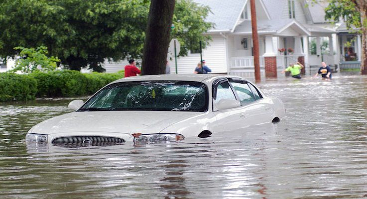 A Quick Guide to Identifying Flood-Damaged Vehicles