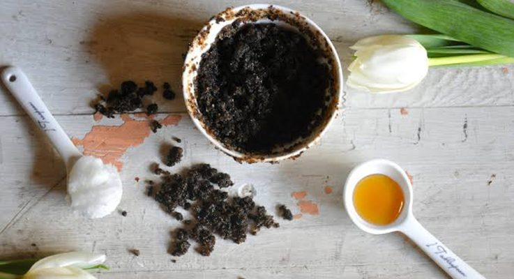 Honey, Coffee & Poppy Seeds… Natural Ingredients for Face Scrub